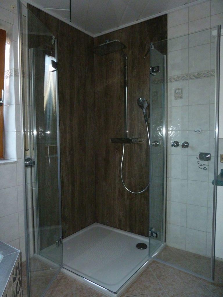 teilrenovierung eines bades mit exklusiver badwannenverkleidung in eichenzell will bad. Black Bedroom Furniture Sets. Home Design Ideas