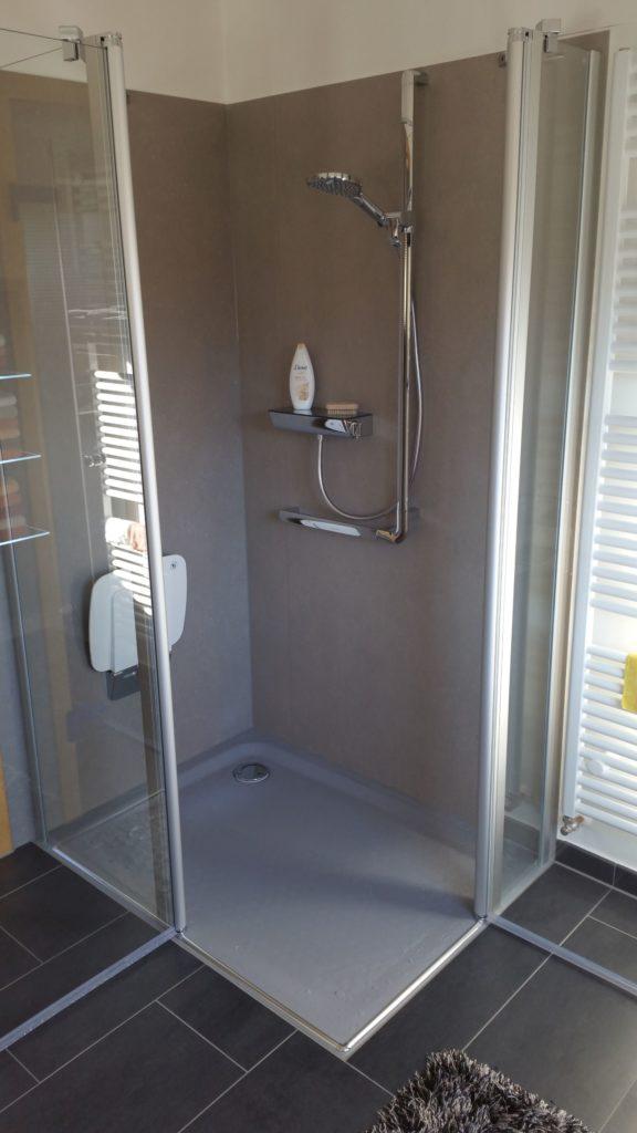 Erstklassiges und modernes Bad mit Fußbodenheizung in Flieden | WILL ...
