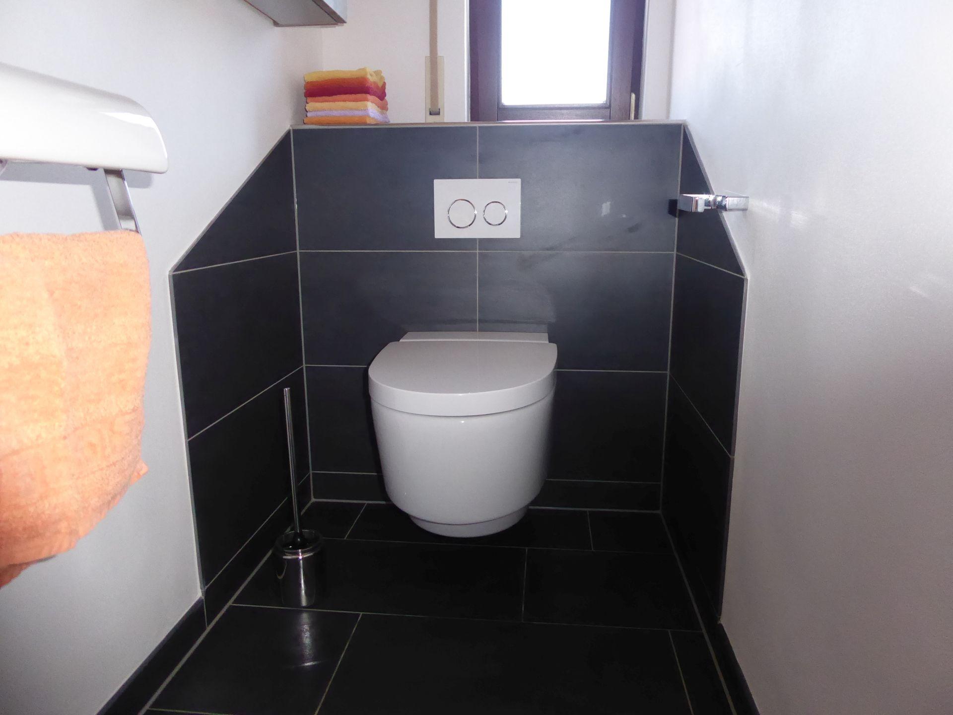 erstklassiges und modernes bad mit fu bodenheizung in flieden will bad heizung fulda. Black Bedroom Furniture Sets. Home Design Ideas